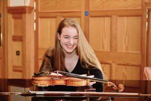 Enya Barber - Violinist